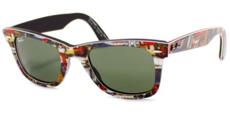 óculos em gramado