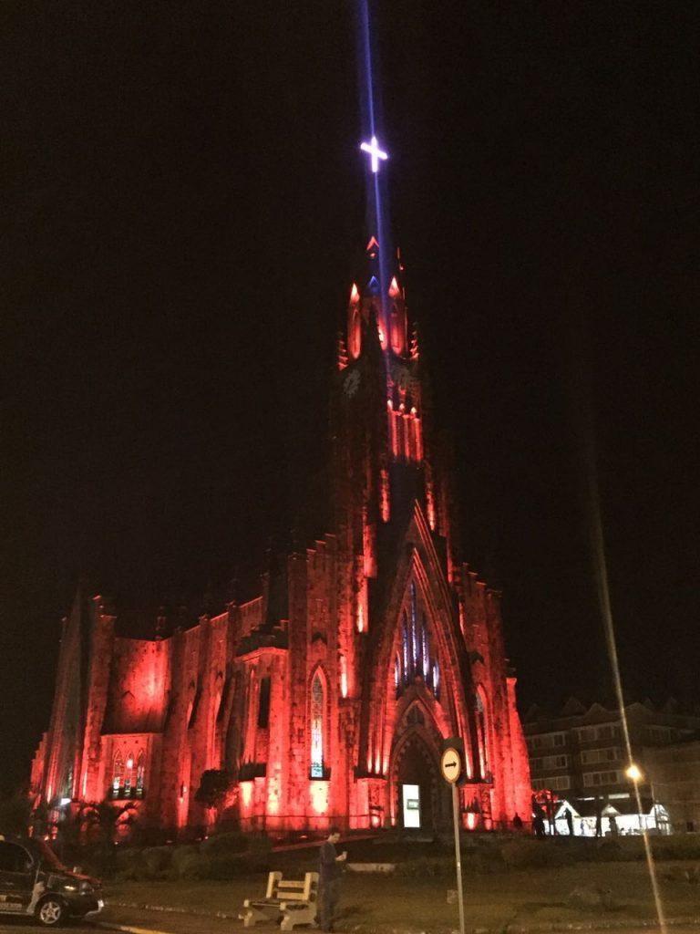 teste para inauguração da nova iluminação da catedral de pedra de canela