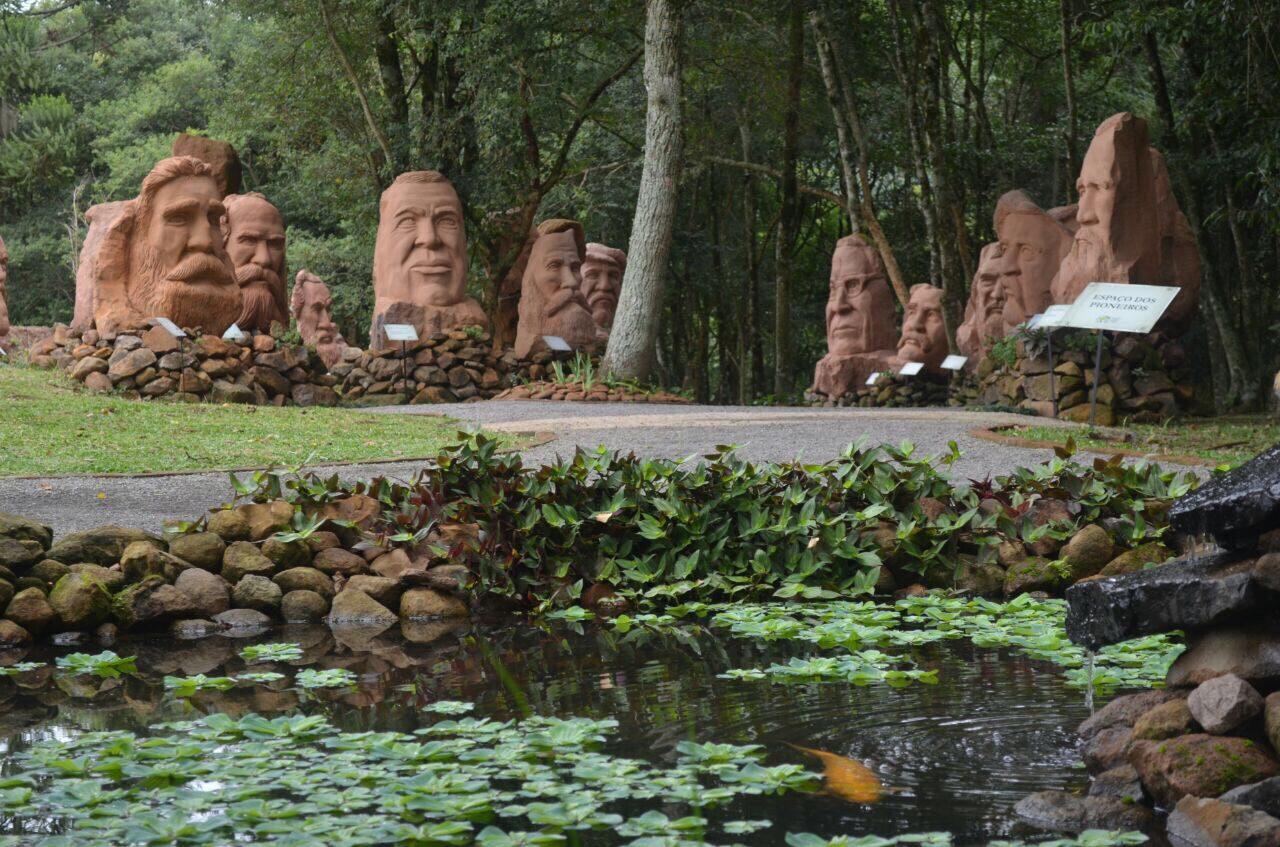 Esculturas Parque Pedras do Silêncio, em Nova Petrópolis
