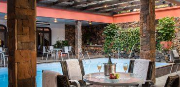 Hotel no centro de Gramado - Serrazul