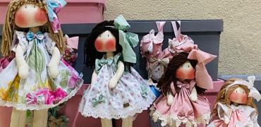 O mundo encantado das bonecas do Ateliê Reino de Nina